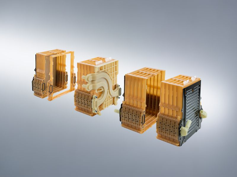 Fuel Cell And High Voltage Battery Systems Mann Hummel